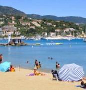 Locations saisonnières de vacances au bord de la mer